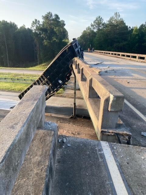 i16 dump trailer bridge kemp